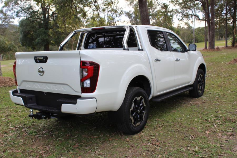 2021 Nissan Navara D23 Dual Cab ST-X Pick Up 4x4 Utility Image 7