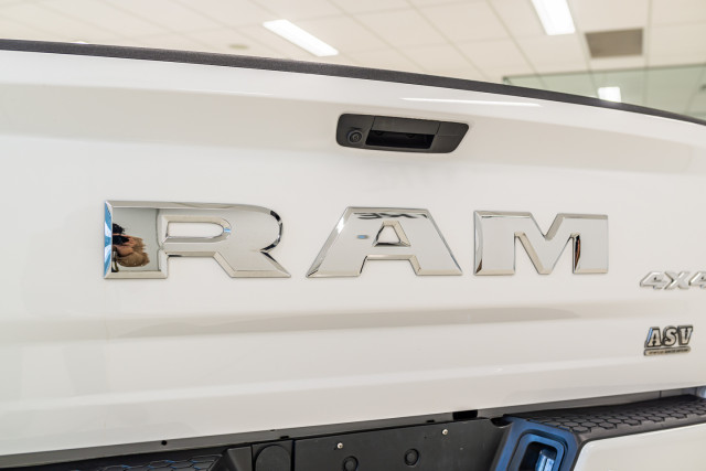 2019 Ram 1500 DS  Express Utility Image 18