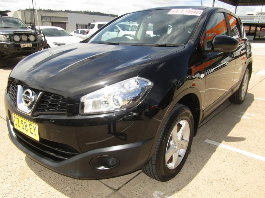2011 MY10 Nissan DUALIS Hatchback Image 7