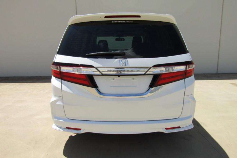 2015 MY16 Honda Odyssey 5th Gen VTi-L Wagon Image 28