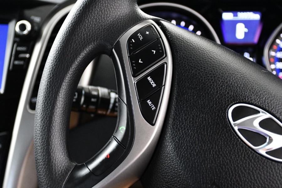 2016 MY17 Hyundai i30 GD4 Series II Active Hatchback Image 16