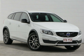 Volvo V60 Cross Country D4 Geartronic AWD Luxury F Series MY17