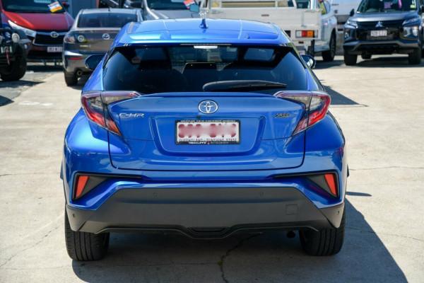 2017 Toyota C-HR NGX10R Koba S-CVT 2WD Suv Image 3