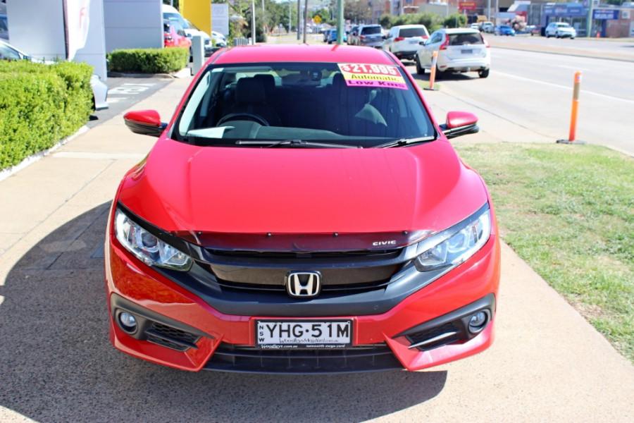 2016 Honda Civic 10th Gen  VTi-L Sedan