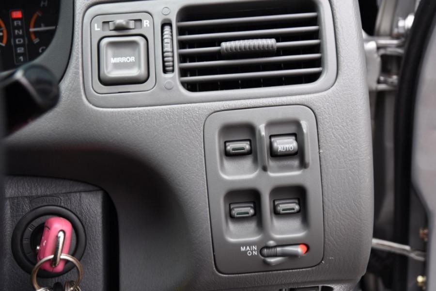 1999 Honda CR-V Suv Image 14