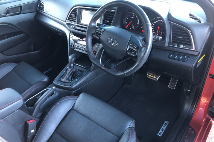 2017 MY18 Hyundai Elantra AD MY18 SR Sedan Image 14