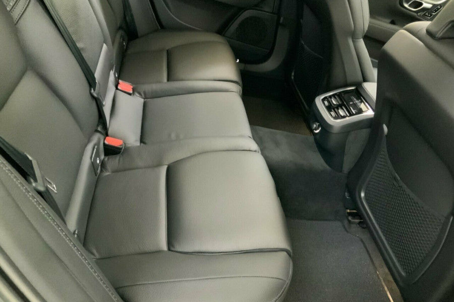 2019 MY20 Volvo V90 236 MY20 D5 Cross Country Inscription Wagon Mobile Image 23