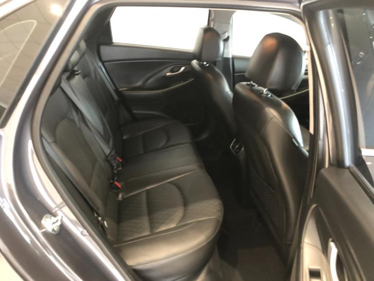 2018 Hyundai i30 PD Elite Hatchback Image 12