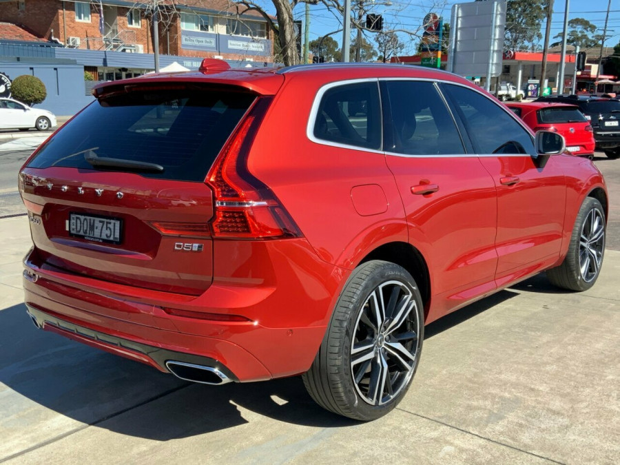 2017 Volvo XC60 DZ D5 Geartronic AWD R-Design Suv Image 4