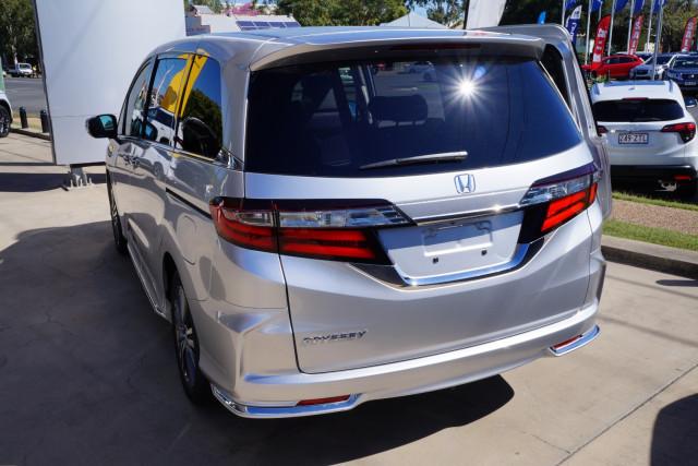 2020 MY0  Honda Odyssey 5th Gen VTi-L Van Image 4
