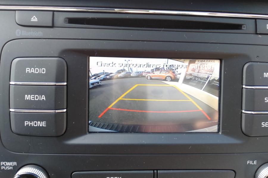 2015 Kia Carnival YP S Wagon Image 24