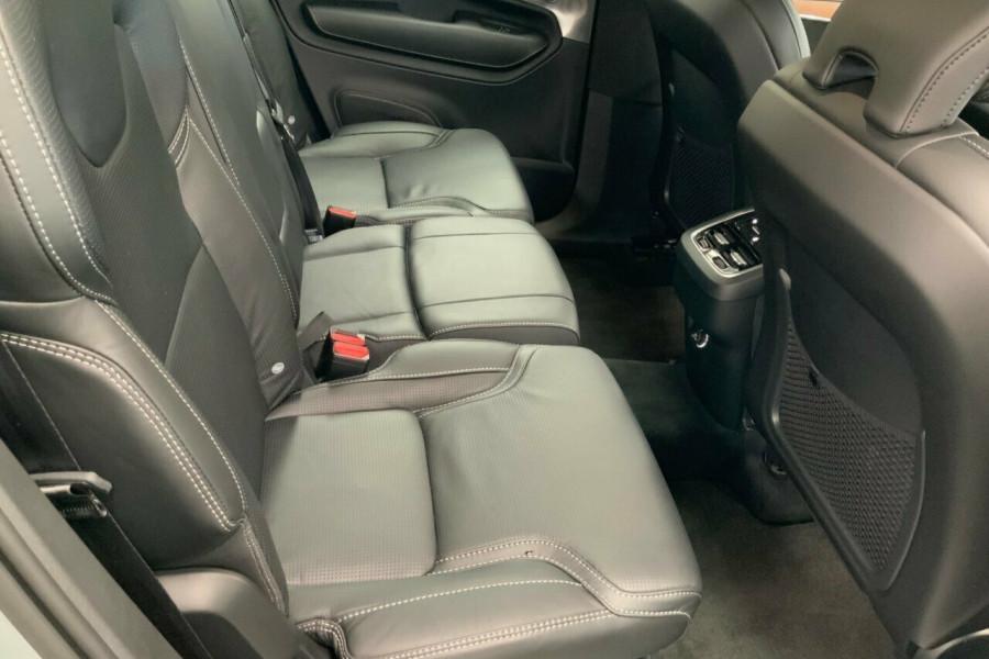 2018 MY19 Volvo XC90 256 MY19 T6 Inscription (AWD) Suv Mobile Image 23