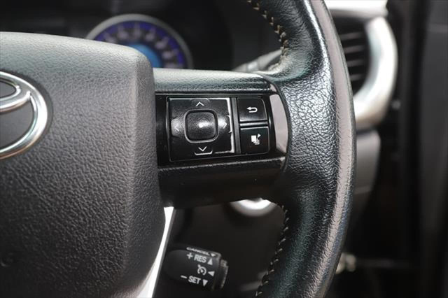 2015 Toyota HiLux GUN126R SR5 Utility Image 18