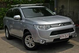Mitsubishi Outlander ES 2WD ZJ