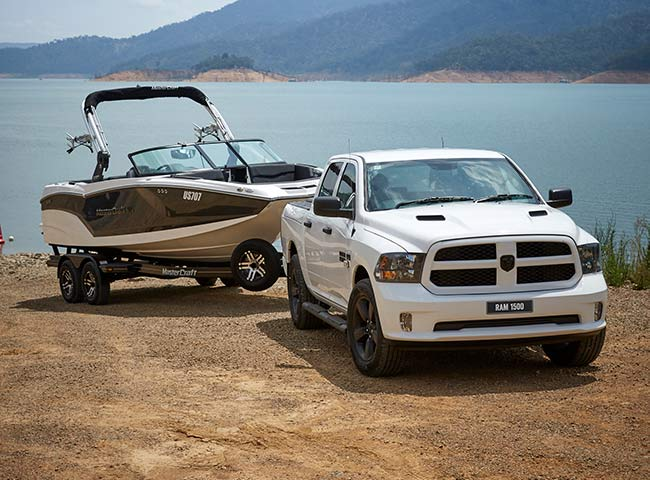 1500 Express V8 Hemi Crew Cab Best in-class towing