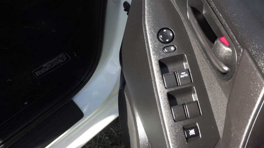 2011 Mazda 3 BL10F2 Neo Sedan Image 13