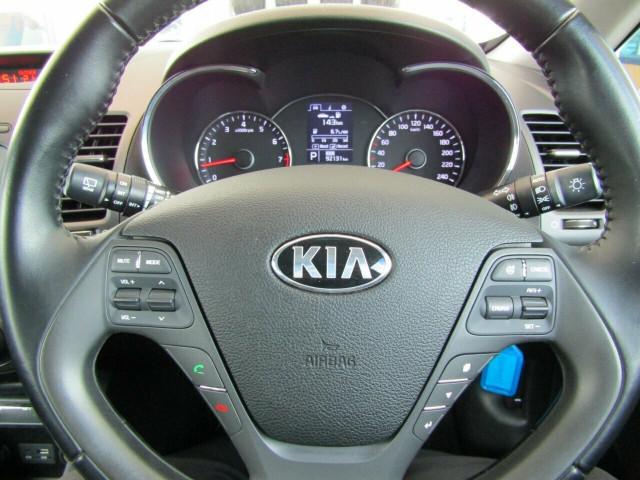 2015 Kia Cerato YD S Premium Hatchback Mobile Image 11