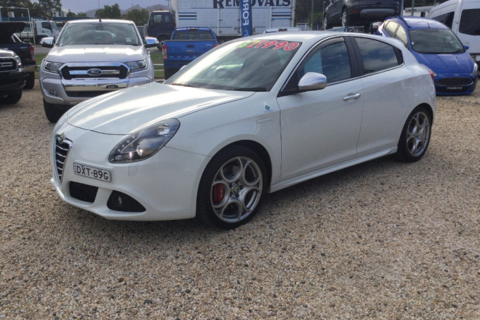 2013 MY14 Alfa Romeo Giulietta Vehicle Description.  0 MY13 QV HATCHBACK 5DR MAN 6SP 1.7T QV Hatchback