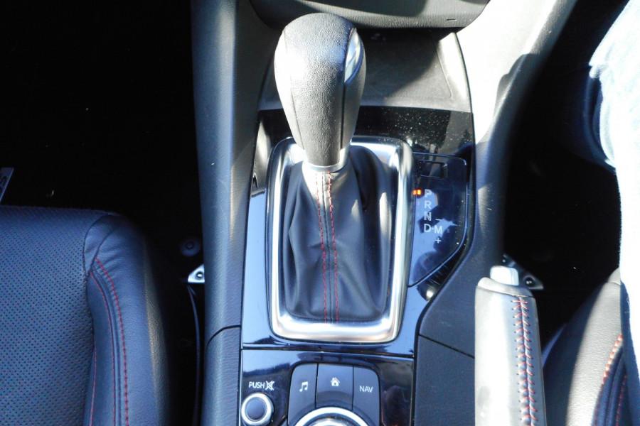 2015 Mazda 3 Hatchback Image 16