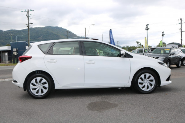 2015 Toyota Corolla ZRE182R ASCENT Hatchback