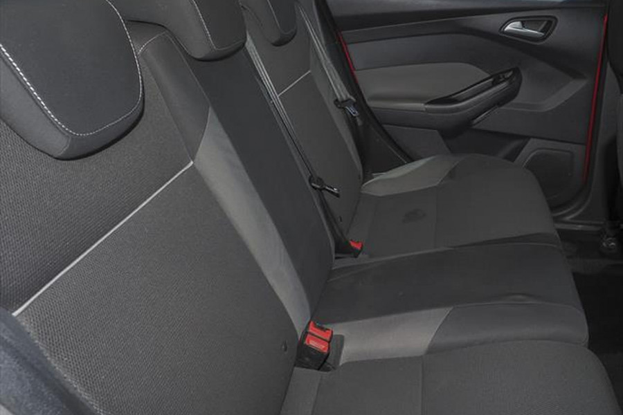 2012 Ford Focus LW Trend Hatchback Image 11