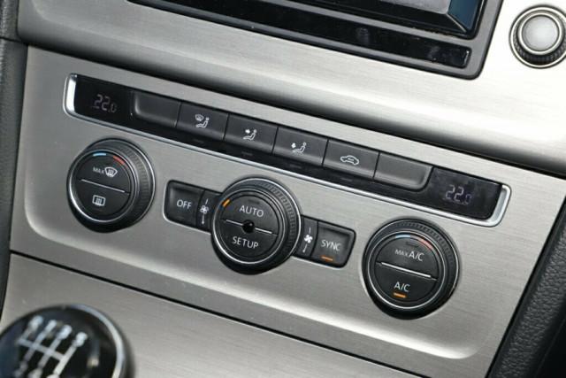 2013 MY14 Volkswagen Golf VII MY14 90TSI Comfortline Hatchback Image 21