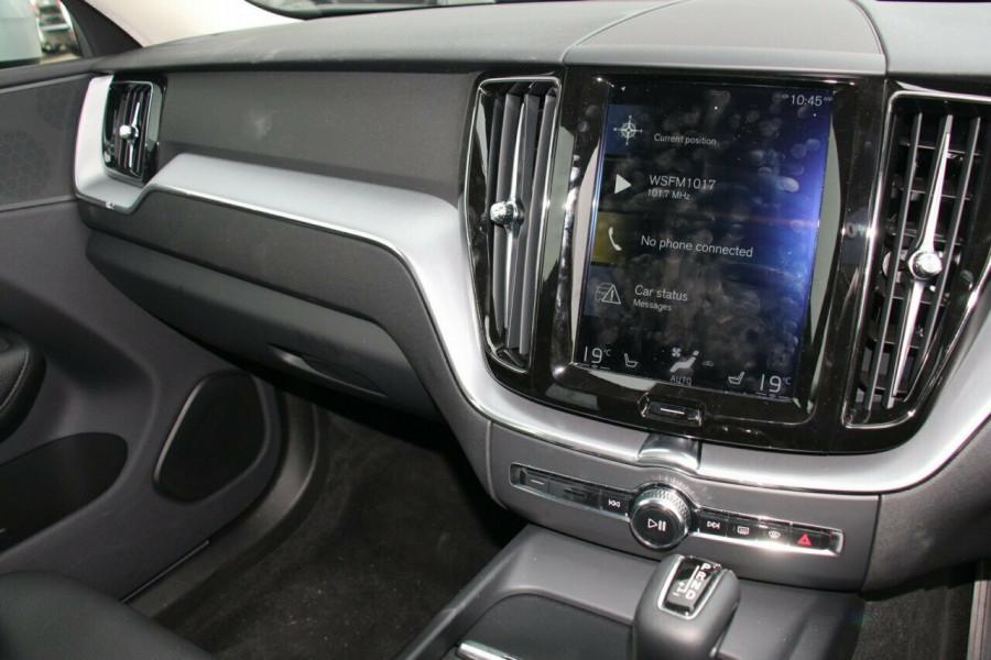 2018 MY19 Volvo XC60 UZ T5 Momentum Suv Image 11