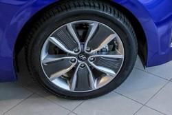 2018 MY19 Hyundai IONIQ AE.2 Hybrid Premium Fastback