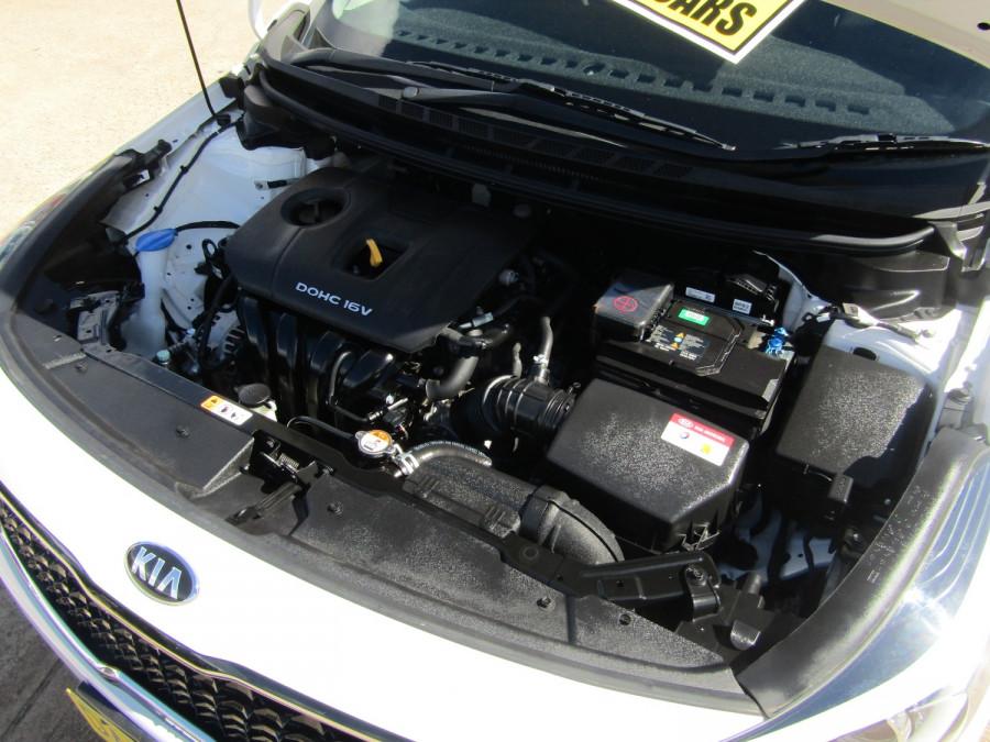 2018 Kia Cerato YD S Hatchback Image 12