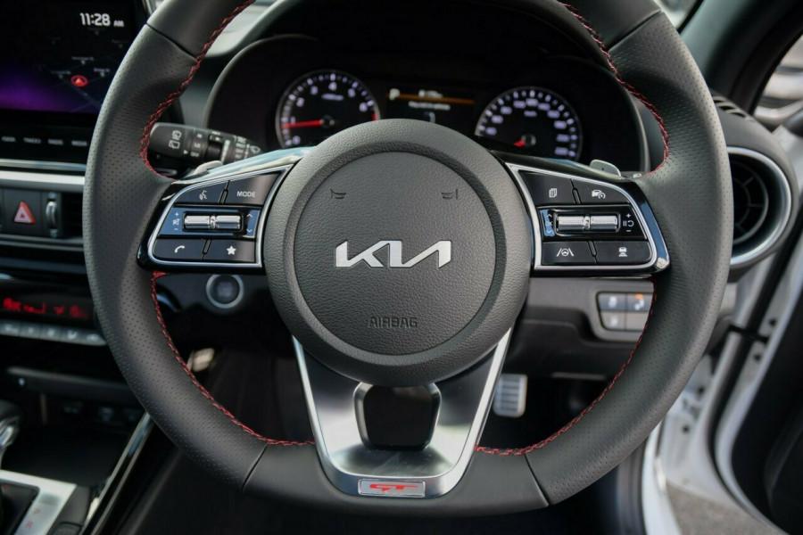 2021 MY22 Kia Cerato BD MY22 GT DCT Hatchback Image 10
