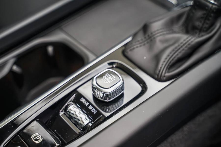 2020 MY21 Volvo XC60 UZ T5 Momentum Suv Image 15