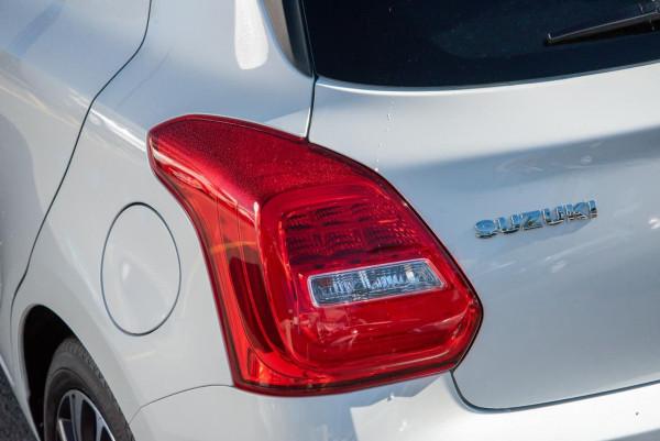 2020 Suzuki Swift AZ GLX Turbo Hatchback image 22