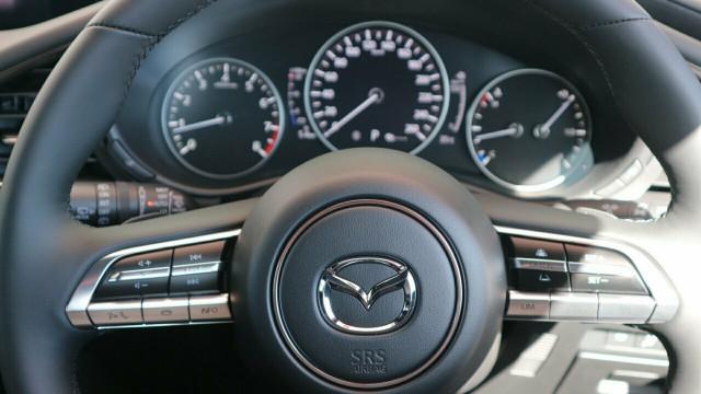 2020 Mazda 3 BP X20 Astina Hatch Hatchback Mobile Image 12