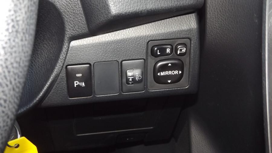 2016 Toyota Corolla ZRE172R Ascent Sedan Image 23