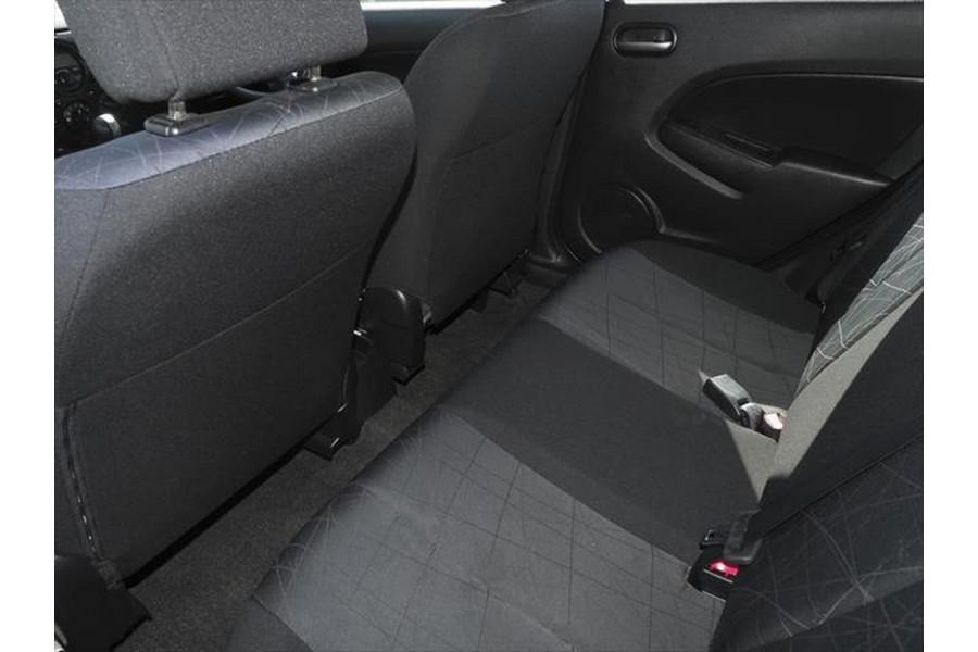 2011 Mazda 2 DE Series 2 MY12 Neo Hatchback