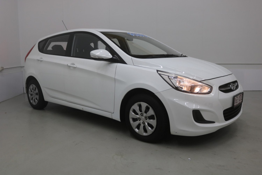 2015 Hyundai Accent RB2 MY15 ACTIVE Hatchback