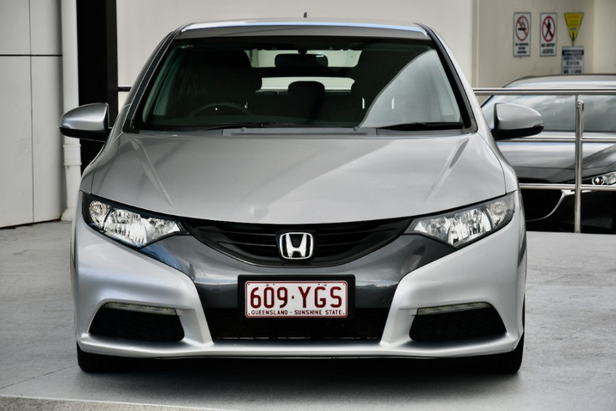 2013 Honda Civic 9th Gen MY13 VTi-S Hatch