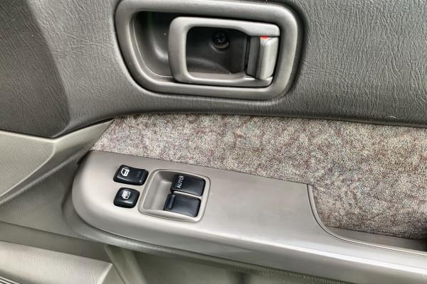2012 MY13 Nissan Patrol Y61 GU 6 SII MY ST Cab chassis Image 4