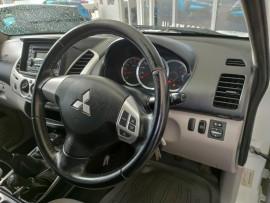2012 Mitsubishi Triton MN  GL-R Utility image 11