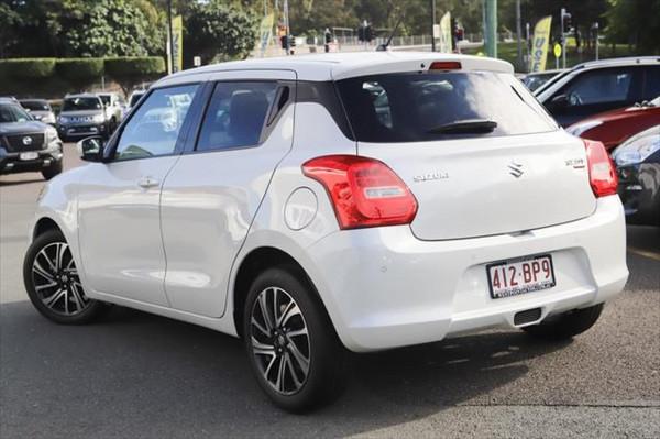 2020 Suzuki Swift AZ GLX Hatchback image 2