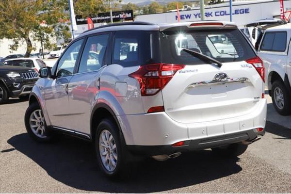 2020 MY19 Mahindra XUV500 W6 FWD Suv Image 2