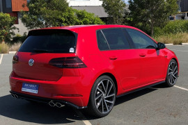 2018 Volkswagen Golf 7.5 R Hatchback