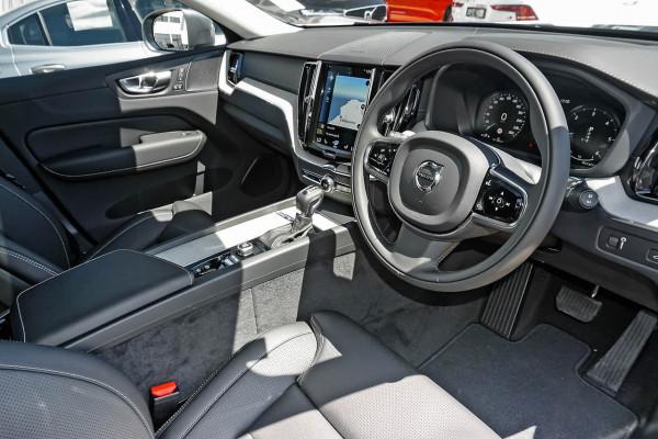 2020 Volvo XC60 UZ D4 Inscription Suv Image 5