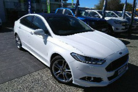 Ford Mondeo Titanium Hatch MD