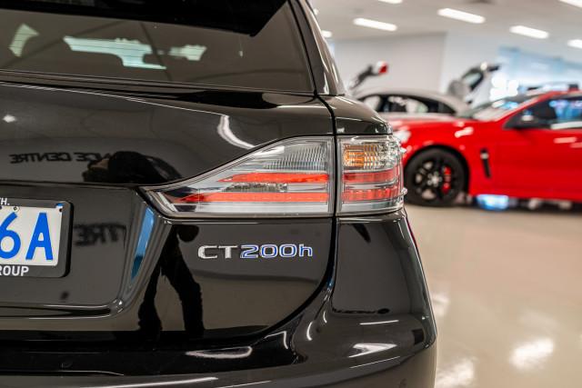 2016 Lexus Ct Hatchback Image 17