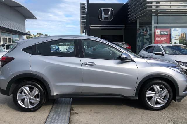 2019 MY20 Honda HR-V VTi-S Suv Image 3