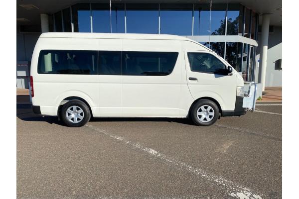 2013 MY12 Toyota Hiace KDH223R Turbo Commuter Bus Image 2