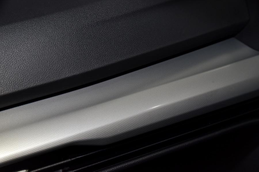 2021 Volkswagen Golf 8 110TSI Golf Hatch Image 18