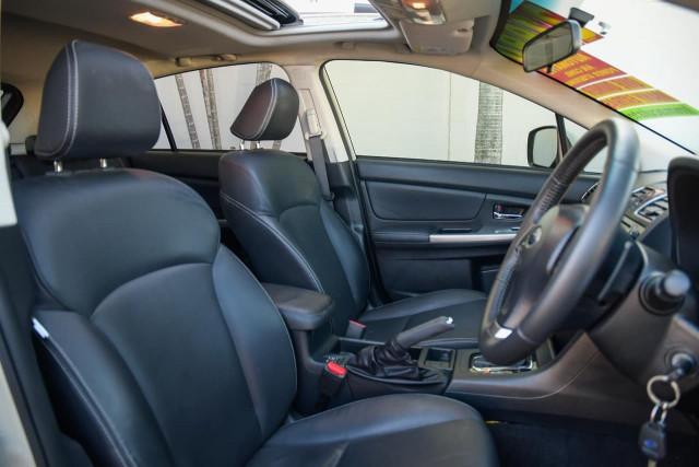 2015 Subaru Xv G4X MY15 2.0i-S Suv Image 13