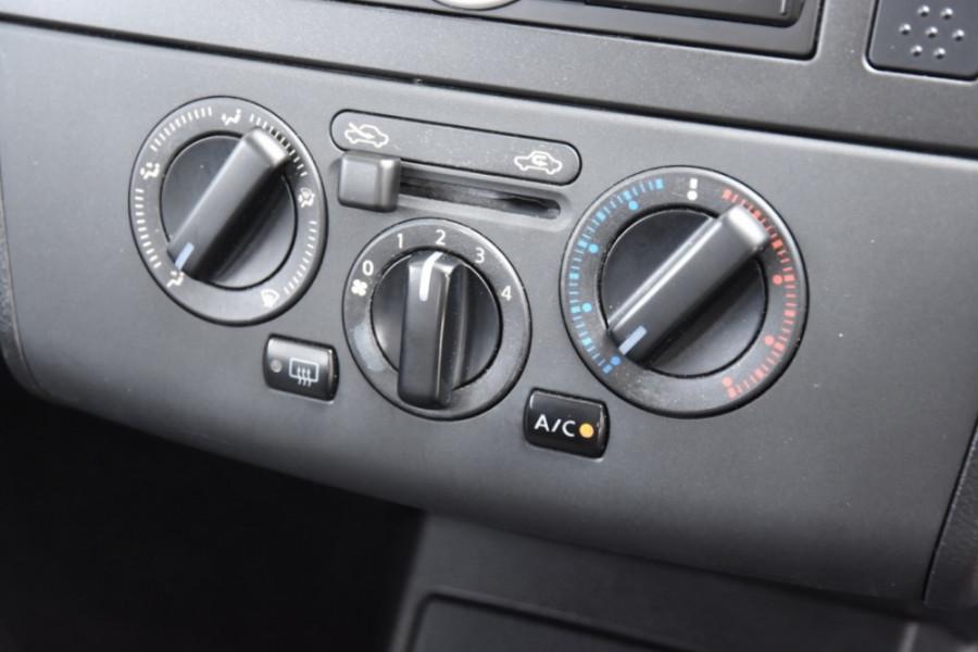 2007 Nissan Tiida C11 MY07 ST-L Hatch Image 12